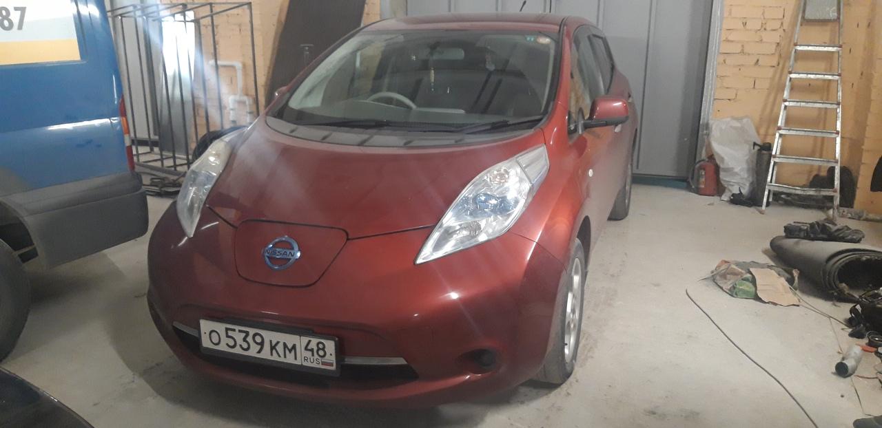 Русификация приборной панели Nissan Leaf в Липецке!